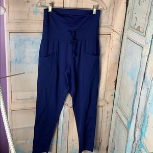 Slouch Slim Yoga pants Fabletics
